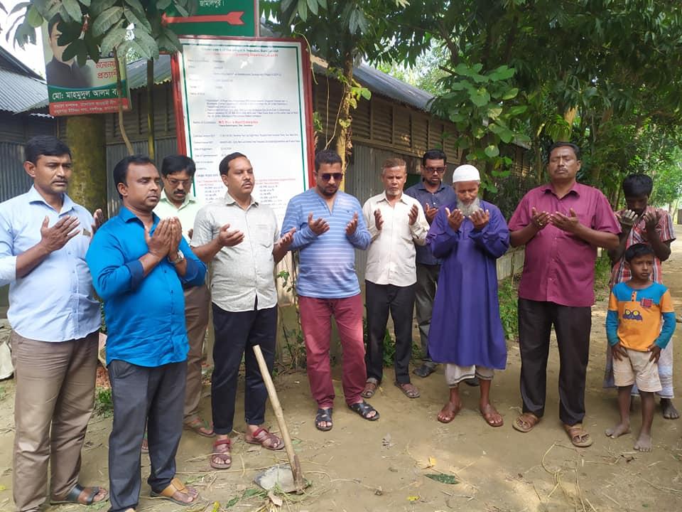 বকশীগঞ্জ পৌর মেয়রের রাস্তা নির্মাণ কাজের উদ্বোধন